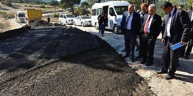 İzmirin yol yapımında demir cürufu kullanılıyor