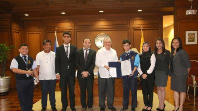 Çevre Dostu Plastik İçin Filipinler Meclisi'nden Türk Okuluna Üstün Hizmet Ödülü