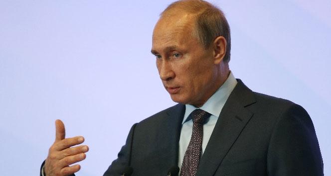 Putin: 'Petrol fiyatlarındaki dalgalanmalar nedeniyle kaygılıyız'
