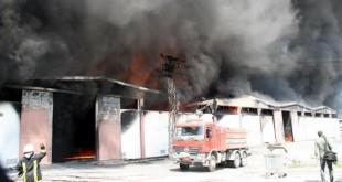 elazig da plastik fabrikasinda yangin 310x165 - Elazığ'da Plastik Fabrikasında Yangın