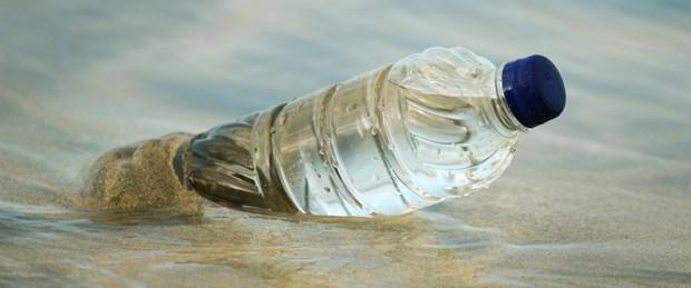 Okyanuslarda balıktan çok plastik yüzecek!