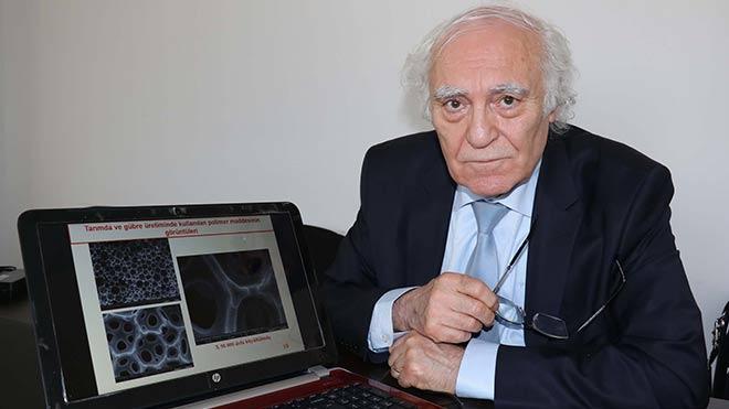 Prof.Dr.Galip Akay aktif plastik maddeyi üretti