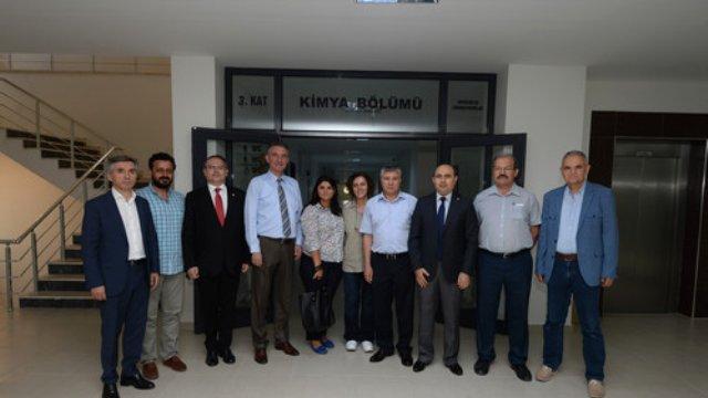 Bursa Ticaret ve Sanayi Odası, Uludağ Üniversitesi Kimya Bölümü Akademisyenlerini Ziyaret Etti