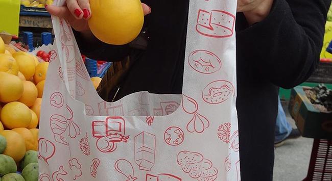 Fransa'da marketlerde plastik poşet yasağı