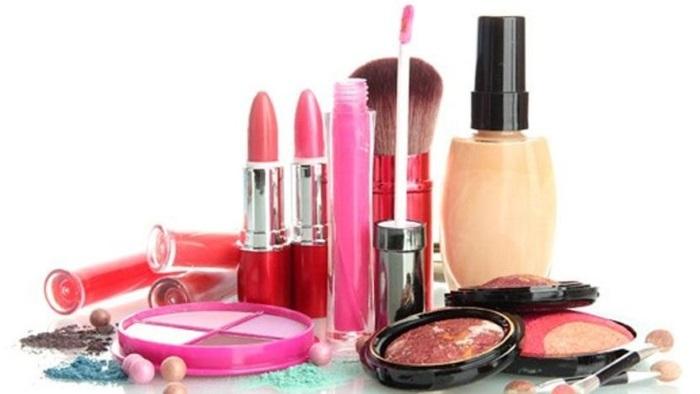 Bakanlık kozmetik ürünleri sağlıksız buldu