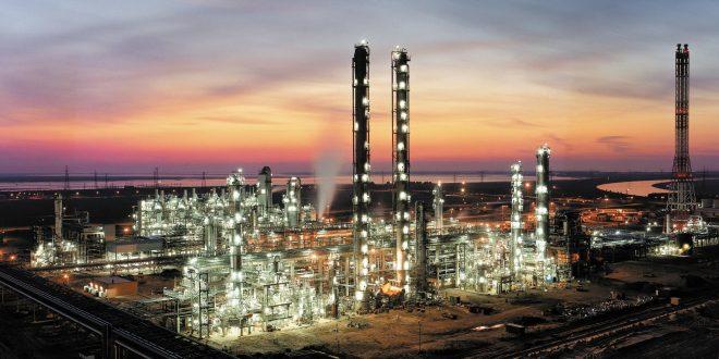 Azerbaycanlı yatırımcılar Kars'ta petro-kimya tesisi kuracak