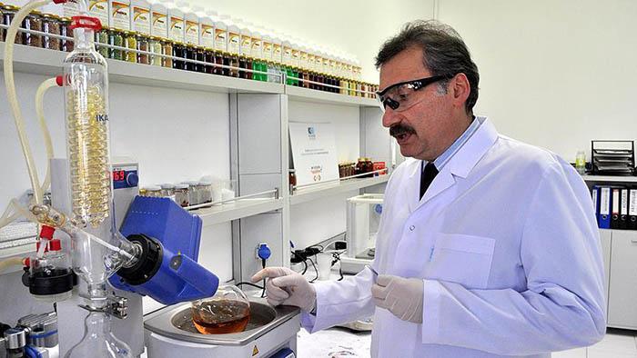 Sakarya Üniversitesi Fenolsüz Mikro Besin Gübresi Üretti