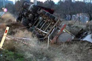 gordes te asit tankerleri tehlike saciyor 310x205 - Gördes'te asit tankerleri tehlike saçıyor