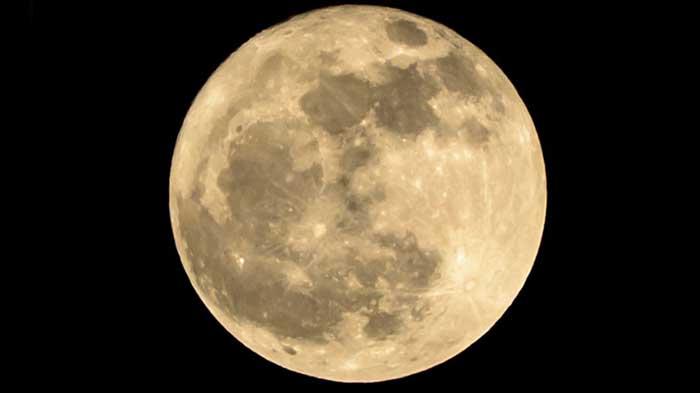 Hindistan enerji ihtiyacını Ay'dan karşılayabilir