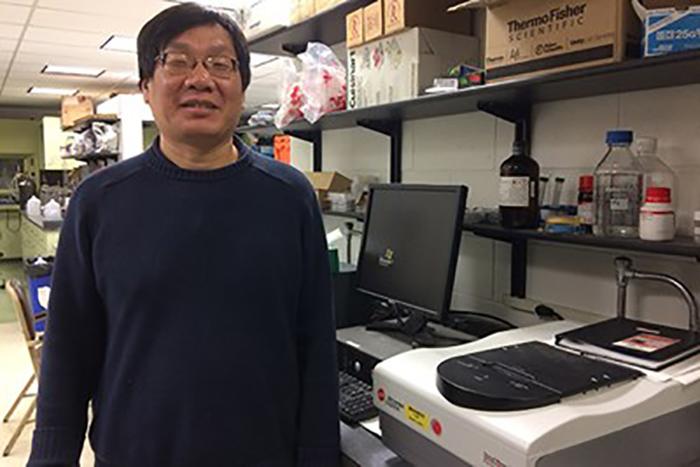 Kimya Profesörü Tekstil Çözümleri İçin Walmart Hibesini Kazandı