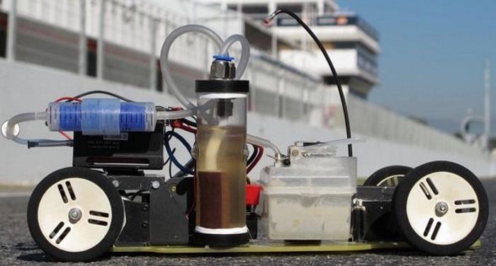 Hidrojen yakıt hücreleri otomobillerde benzin ihtiyacını ortadan kaldıracak