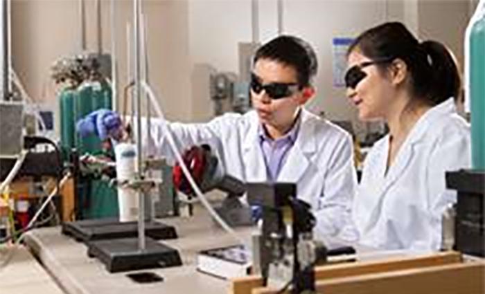 Karbondioksiti Yakıta Dönüştüren Benzersiz Katalizörler