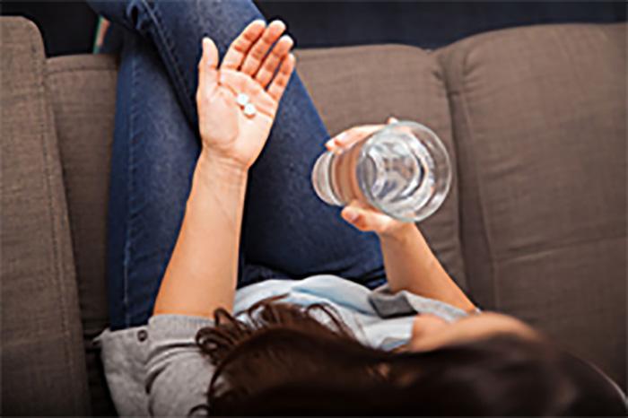 Uzun Süre Kullanılan Ağrı Kesiciler Kadınlarda İşitme Kaybına Sebep Olabilir