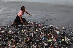 plastik atiklar okyanuslari tehdit ediyor 310x205 - Plastik Atıklar Okyanusları Tehdit Ediyor