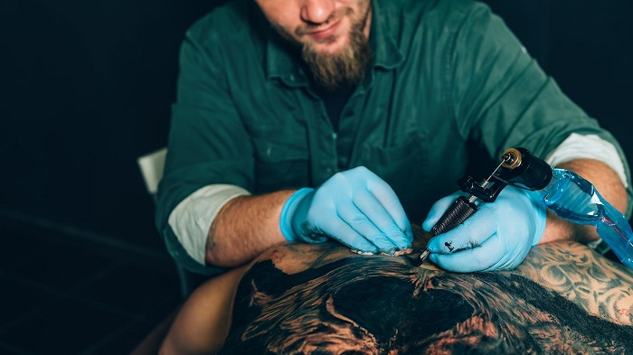 Kalıcı Makyaj ve Dövme Mürekkeplerinde Kullanılan 4000 Maddeyi Düzenleme Önerisi