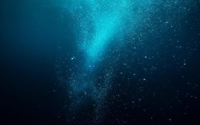 Eriyen Buzullar Deniz Derinliklerinin Kimyasını Alt Üst Edebilir