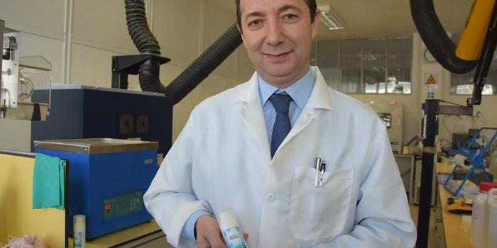 Türk Profesör Yüksek Oranda Koruma Sağlayan Güneş Kremi Üretti