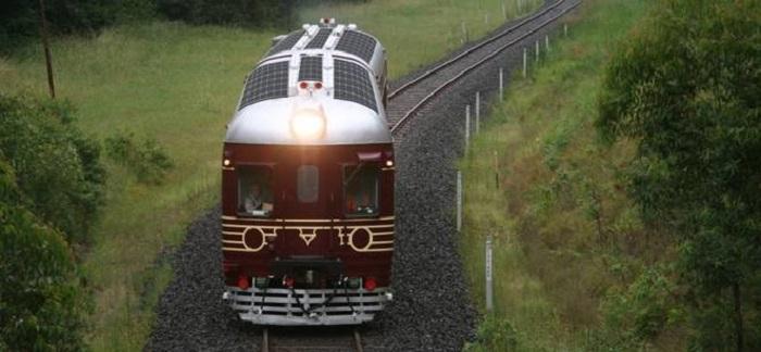 dunyanin ilk gunes enerjisi treni - Dünya'nın İlk Güneş Enerjisi Treni