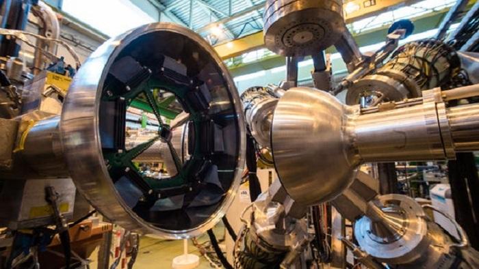 CERN Bilim İnsanları Anti Maddeyi İlk Yolculuğuna Hazırlıyor