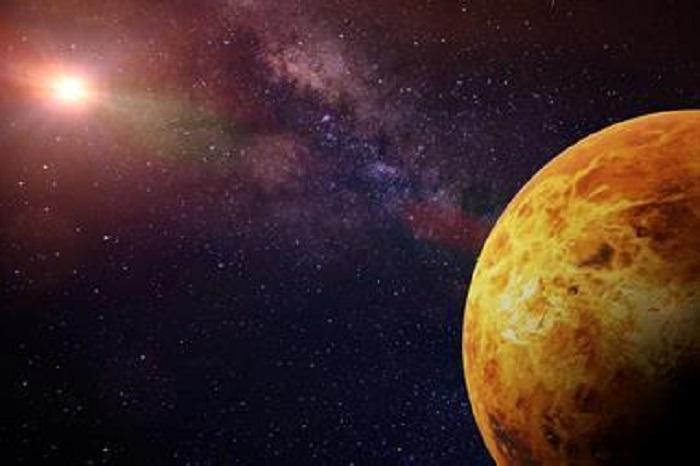 Venüs Çevresinde UV Absorba Edilmesinin Sırrı Çözüldü