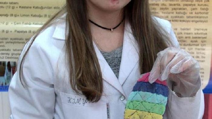 8. Sınıf Öğrencisi Ayak Kokmasını Engelleyen 4 Ayrı Antibakteriyel Ayakkabı Tabanı Üretti
