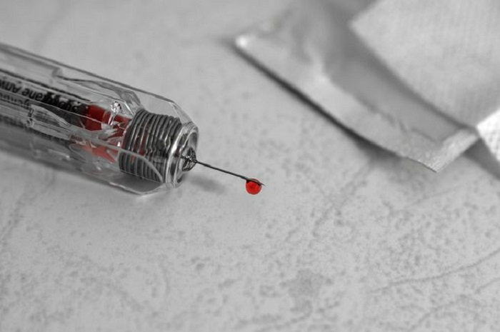 Artık İnsanlar Kafayı Bulmak için Kendilerine Başkalarının Kanını mı Enjekte Ediyorlar?