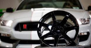 ford mustang shelby gt350r karbon fiber tekerlekler uzerinde salinacak 310x165 - Ford Mustang Shelby GT350R Karbon Fiber Tekerlekler Üzerinde Salınacak