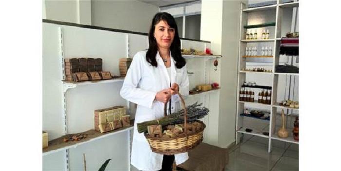 Kimya Mühendisi Alerjisini Fark Etti, Bitkilerden Sabun Üretti