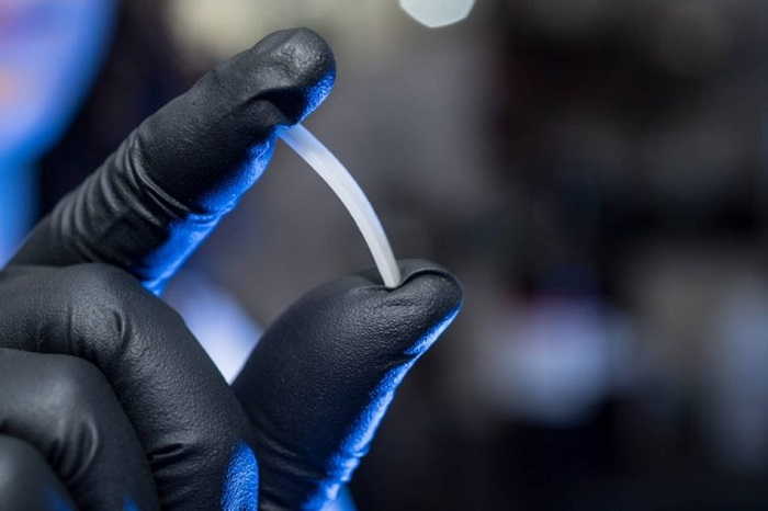 Yeni Bulunan Geri Dönüştürülebilir Kimyasal Polimer, Plastiğin Sahip Olduğu Tüm Özelliklere Sahip