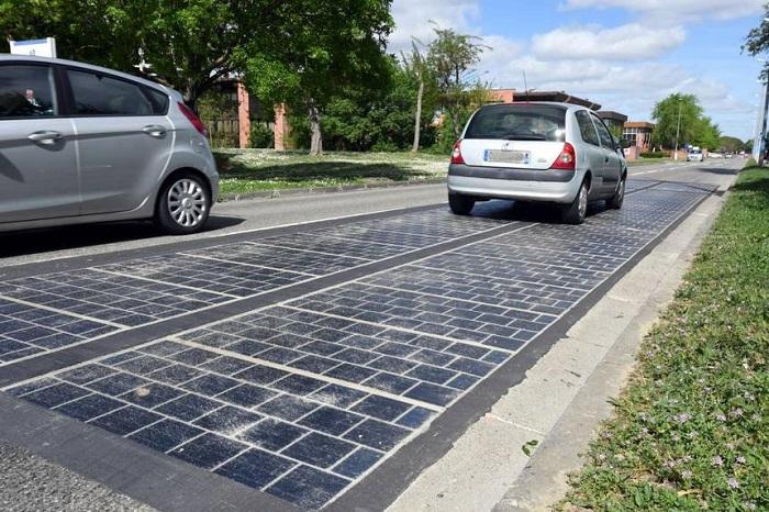 Fransa'daki Güneş Yolu Beklenenin Yarısı Kadar Bir Enerji Üretiyor