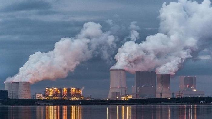 Havadaki Karbondioksidi Emerek Katılaşan Sentetik Malzeme Geliştirildi