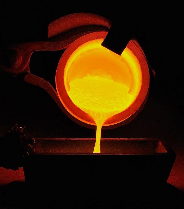 Bilim İnsanları, Altını Oda Sıcaklığında Eritmeyi Başardı