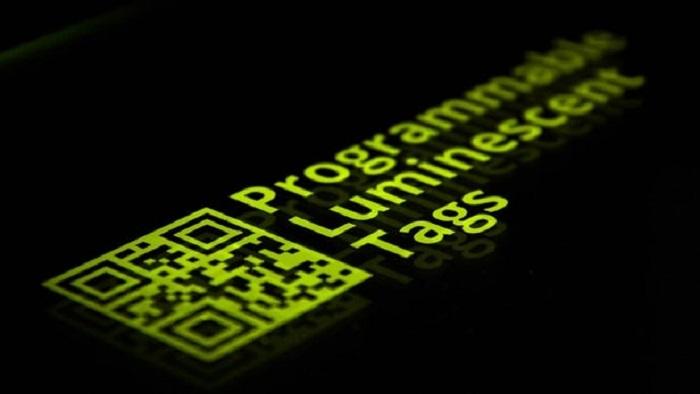 """""""Görünmez"""" ve Tekrar Kullanılabilir Etiketler Işık Kullanılarak Yazılıyor ve Okunuyor"""
