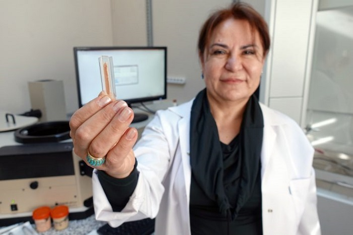 Türk Bilim İnsanı Güneşin Zararlı Işınlarını Cilt Dostuna Dönüştürdü!