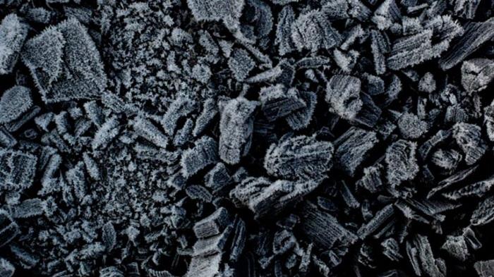 Bilim İnsanları Atmosferdeki Karbondioksiti Ucuz ve Verimli Şekilde Kömüre Çevirebilecek Bir Yöntem Buldu