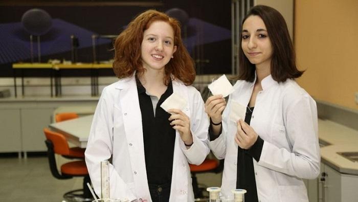 Görüntülenebilir Sargı Beziyle Tübitak Yarışmasında Finale Kaldılar