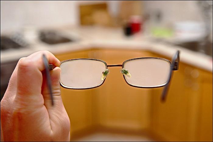Gözlükler ve Arabalardaki Cam Yüzeylerde Buğulanma Sorununu Çözecek Yeni Bir Yöntem Geliştirildi