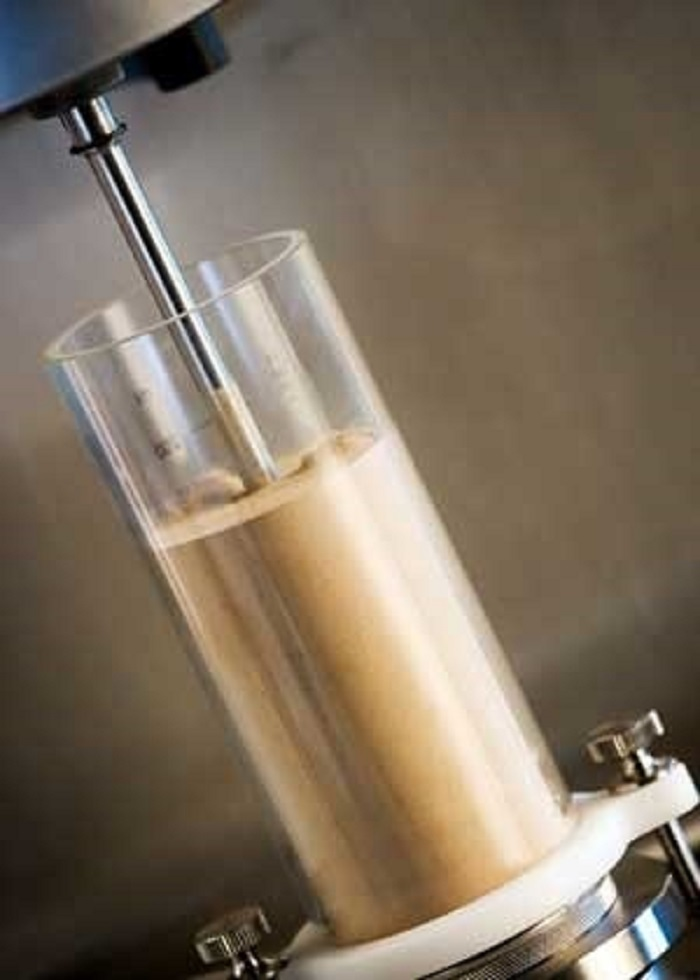 Toz Akış Testleri Seramik Toz İşleme Uygulamalarını Optimize Ediyor