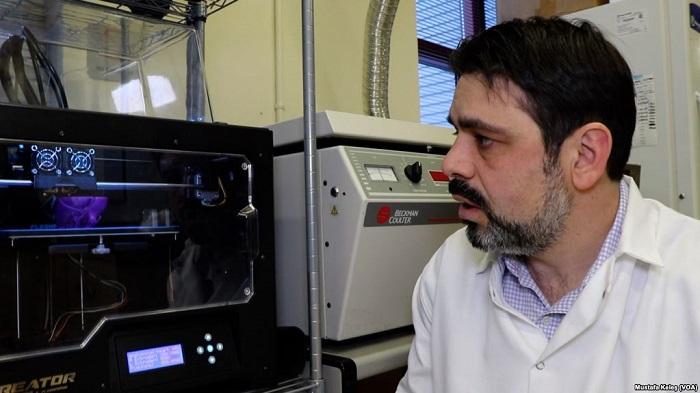 Türk Uzman Kanser İlaçlarını Test Etmek için Biyoyazıcıyla Tümör Üretiyor