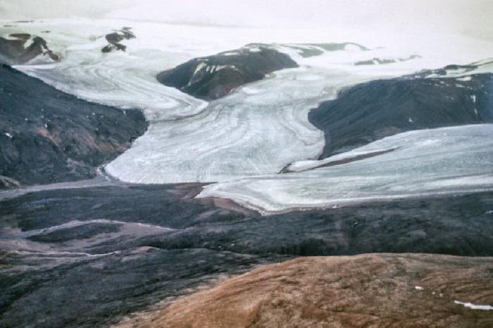 Yüksek Buzul Bölgesi'nde Yaygın Görülen Buz Tabakası Bozulmaları