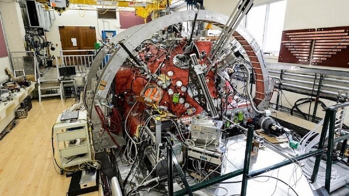 Güneş Rüzgarlarının İncelenmesi için Laboratuvarda Mini-Güneş Üretildi