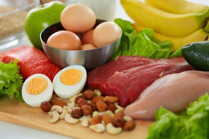Yetişkinlerde Besin Alerjisi: Yaygın Olarak Önemli Farklılıklar ve Avrupa Genelindeki Sebebiyet Veren Gıdalar