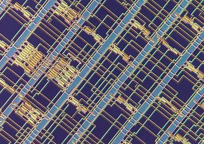 Silikonun Tahtı Sallantıda: Karbon Nanotüplerden Bilgisayar Çipi Yapıldı