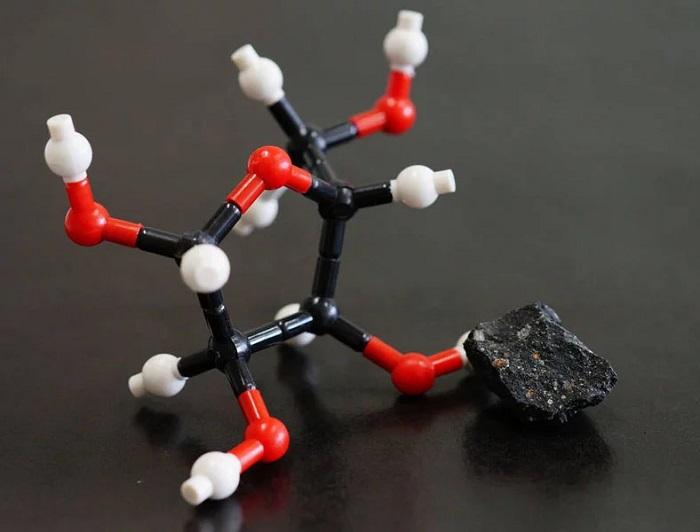 Araştırmacılar, İki Farklı Meteorda Şeker Molekülleri Buldu