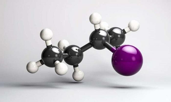 Moleküllerin Kiralitesindeki Değişiklikleri Gerçek Zamanlı Olarak Gözlemlemek