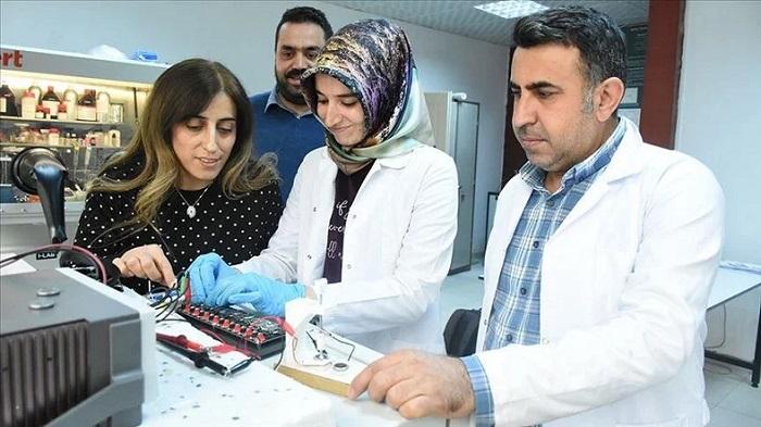 Türk Bilim İnsanları, Lityum İyon Pillerin Ömrünü Uzatan Bir Yöntem Geliştirdi