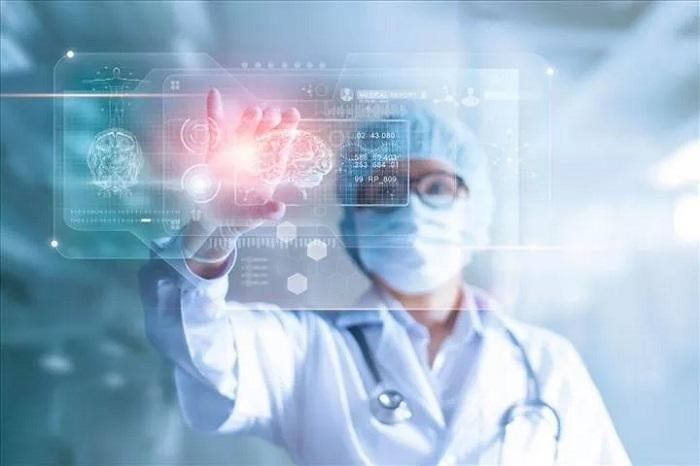 Makine Öğrenimi ile Geliştirilen İlk İlaç, Test Edilmeye Başlanıyor