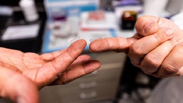 Parmak Ucu Büyüklüğünde Bir Koronavirüs Aşısı Üzerine Çalışılıyor