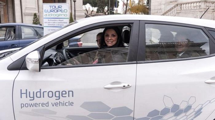 Hidrojenli Araçların Yakıt Deposu Teknolojisini Değiştirecek Bir Malzeme Geliştirildi