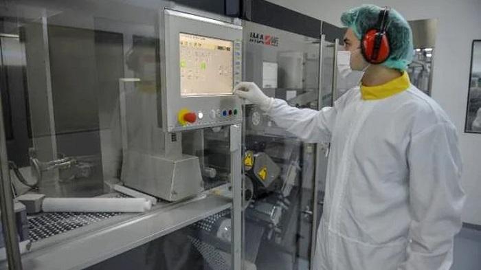 Türkiye'de Üretilen Yerli Koronavirüs İlacının Üretildiği Fabrika İlk Kez Görüntülendi